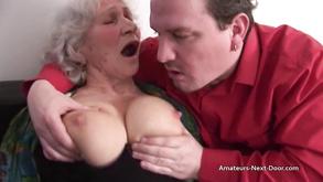 Gorące duże cycki mama sex