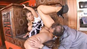 Pożądliwa mama seks
