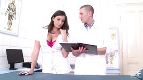 ostre porno ostrokrzew