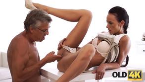 wielki kutas POV porno azjatyckie porno prostytutka