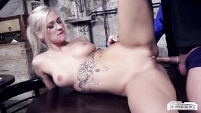 Dojrzałe porno wysokie obcasy