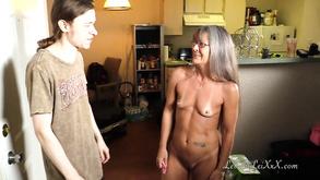 czarna cipka w łóżku kiwi nastolatek porno
